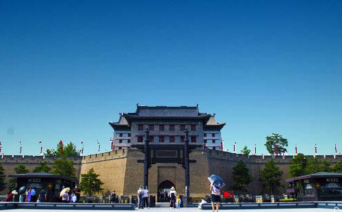 陕西西安-华清池-兵马俑-华山-明城墙双卧四日游<夕阳红>重庆往返西安