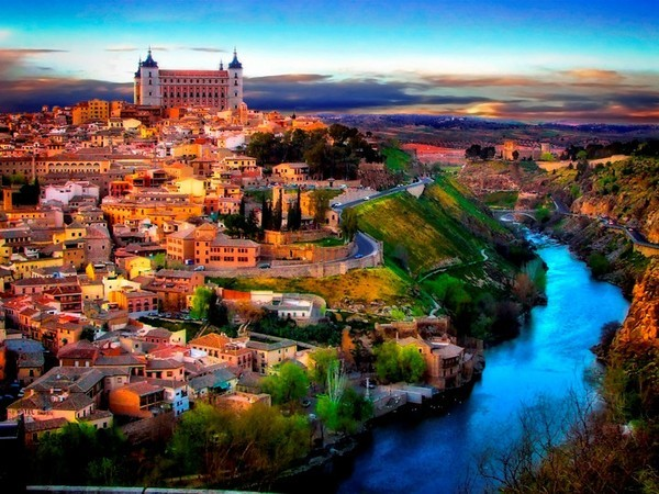 西班牙+葡萄牙2国深度12日游优选精致美食,为您倾心打造深度之旅