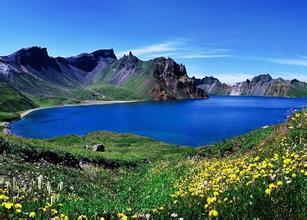 新疆天池、吐鲁番、库姆塔格沙漠去卧回飞7日游新疆游
