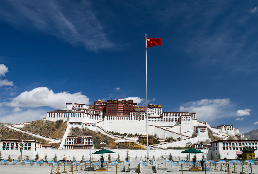 西藏拉萨-林芝-羊湖-纳木措卧进飞回10日游纯玩无忧