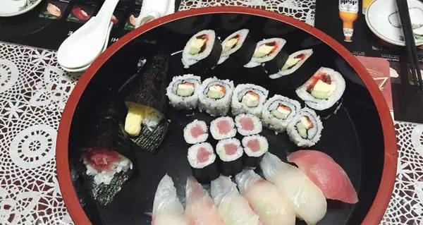 帕劳美食美登寿司