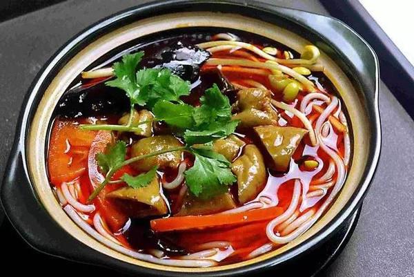 重庆砂锅米线好吃吗?