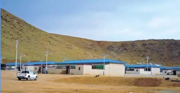 中信集团援建的申扎县雄美牧民新村