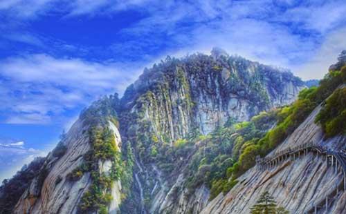 西安华山-明城墙-大雁塔北广场双动3游华山论剑