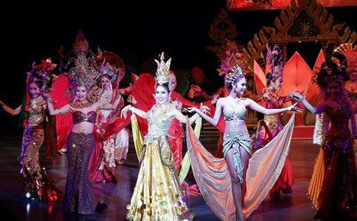 泰國·普吉島·泰國人妖表演秀景點