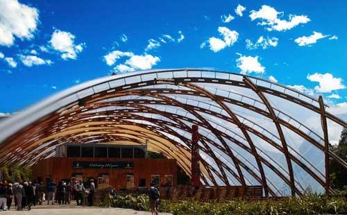 新西兰南北岛10日游<陶波温泉虾场+萤火虫洞+皇后镇+蒂卡波湖>100纯净之旅