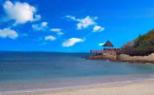 蜈支洲岛、南山佛教文化苑、天涯海角、亚龙湾玫瑰谷5日游<三亚往返>海景艺术家<一价全包>
