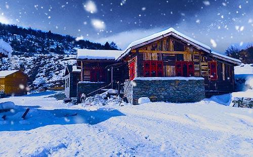 四川理县鹧鸪山滑雪纯玩3日游冰雪世界