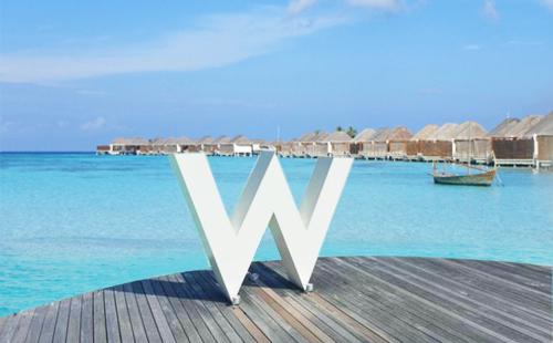 马尔代夫【W宁静岛】7天5晚自由行<2晚沙屋别墅+2晚水屋别墅+早晚餐>可免费升级4水