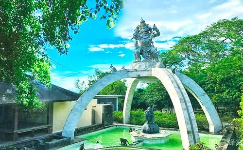 乌鲁瓦图庙1