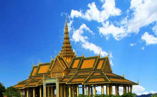 老挝琅勃拉邦+万荣+万象6天5晚深度休闲游<昆明转机>老挝轻奢假期<含签证+联运>