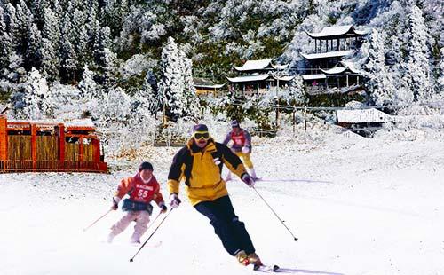金佛山北坡滑雪纯玩1日游纯玩不进店 一价全含