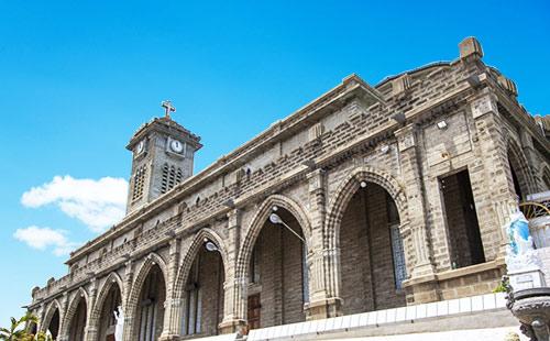 芽庄大教堂1