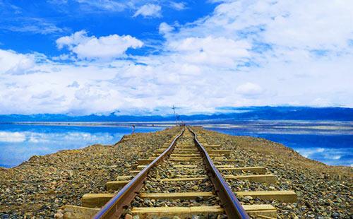 青海湖-茶卡盐湖-塔尔寺-贵德阿什贡-克索尔藏寨双飞双动6日游青海全景