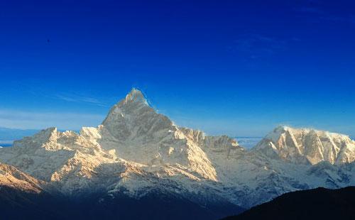 尼泊尔鱼尾峰