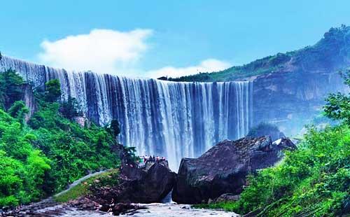 岳池低坑大瀑布