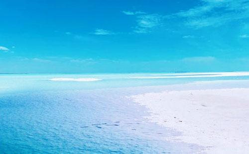 东台吉乃尔湖