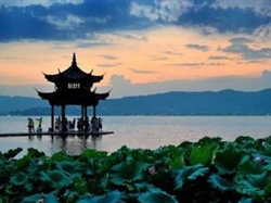 团队定制黄山、千岛湖+婺源双飞5日游