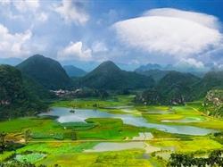 云南昆明-抚仙湖-建水-弥勒-普者黑双飞6日游