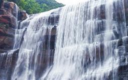 赤水红军烈士陵园、大瀑布、大同古镇二日游