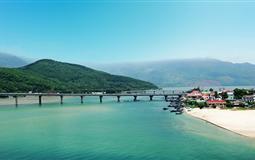 越南岘港半自由行双飞5-6日跟团游<四星+五星酒店+迦南岛一日游>