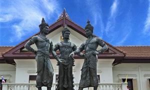 三王雕像3