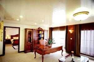 神州套房会客厅