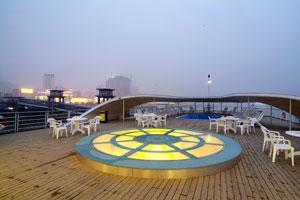 阳光甲板夜景-2