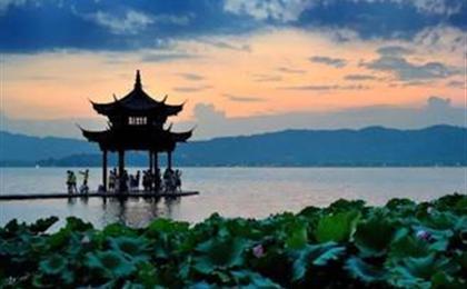 团队定制黄山、千岛湖+婺源双飞5日游可以按照您的要求,做出您满意的产品