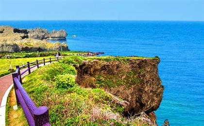 日本冲绳自由假期4+1/2半自由行<CA国航直飞+2个店+四星酒店>(鸟呗风情)大型水中观光船出海巡游,万座毛+濑长岛+首里城外城,1-2天自由活动