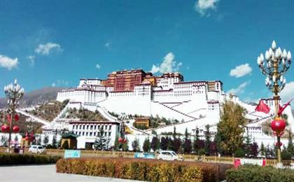 西藏拉萨-林芝-纳木错卧进飞回9日游精品旅游