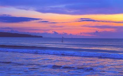 巴厘岛<蓝梦岛+贝妮达岛>双岛出海8天6晚游(蓝梦时光)蓝梦双岛巡游,深入网红百度库,金巴兰海滩赏日落,海上浮潜+独木舟+海上秋千,水上项目尽情嗨