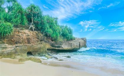 巴厘岛-新加坡<贝妮达岛+蓝梦岛+鱼尾狮公园>6/7日游(新巴克)乌布网红秋千+鸟巢+金巴兰海滩+网红瀑布