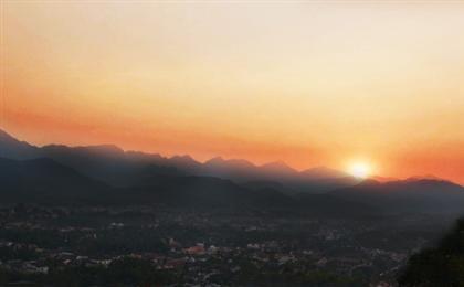老挝琅勃拉邦+万荣+万象6天5晚游<昆明转机>老挝特惠假期<含签证+联运>