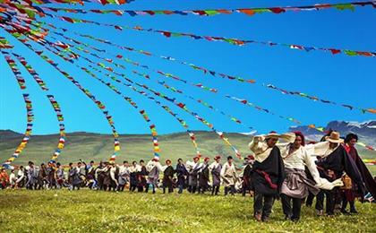 西藏拉萨-林芝-羊湖卧进飞回9日游精品旅游