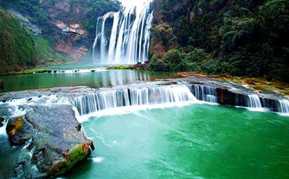 贵州黄果树大瀑布、青岩古镇、花溪湿地公园双汽三日游慢游黄果树