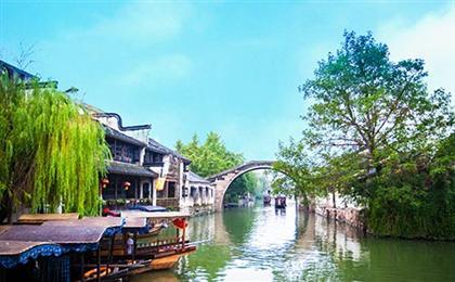华东六市+双水乡+拈花湾小镇+乌镇+红楼梦大观园双飞6日游枕水江南