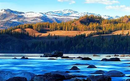 新疆冰雪童话-喀纳斯湖、禾木村、五彩滩、魔鬼城、天山天池、火焰山双飞8日游疆山壹号冬季版