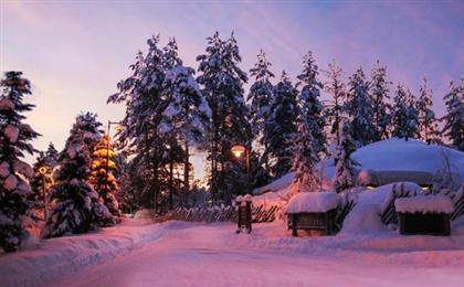 芬蘭極光+所慕滑雪+圣誕老人村10日游<川航成都直飛>女神歐若拉